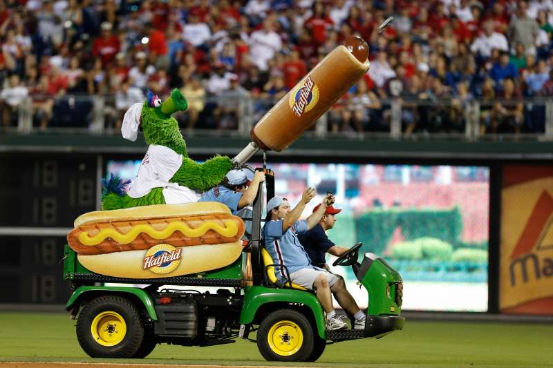 Philadelphia Phillies mascot shooting a Hatfield Hot Dog into the stands