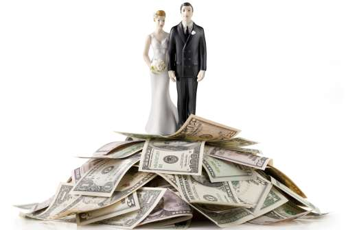 QUIZ: Is Your Marriage Normal About Money?