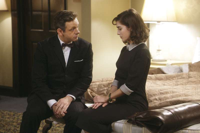 Michael Sheen as Dr. William Masters and Lizzy Caplan as Virginia Johnson in Masters of Sex (season 2, episode 3)