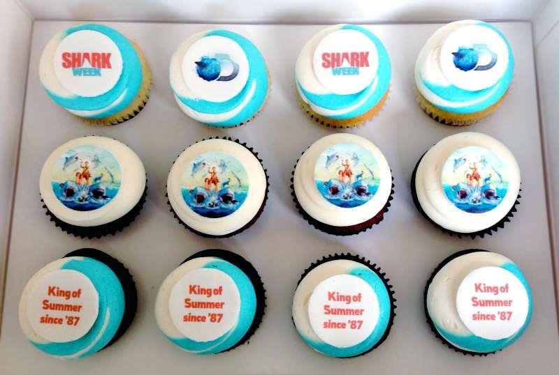 140801_EM_SharkWeek_Cupcakes