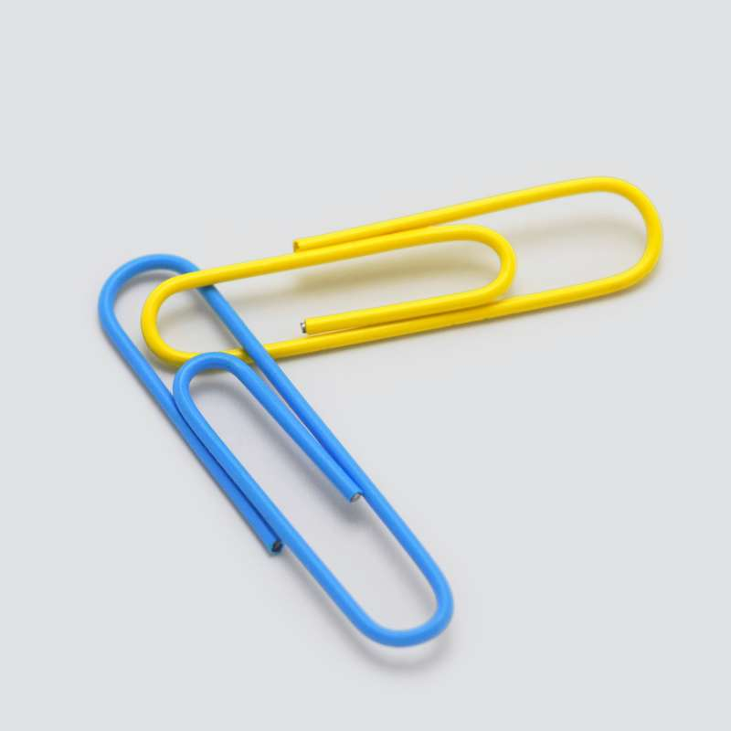 Conjoined paperclips