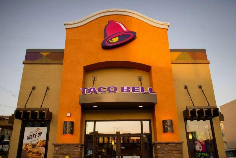 Taco Bell exterior