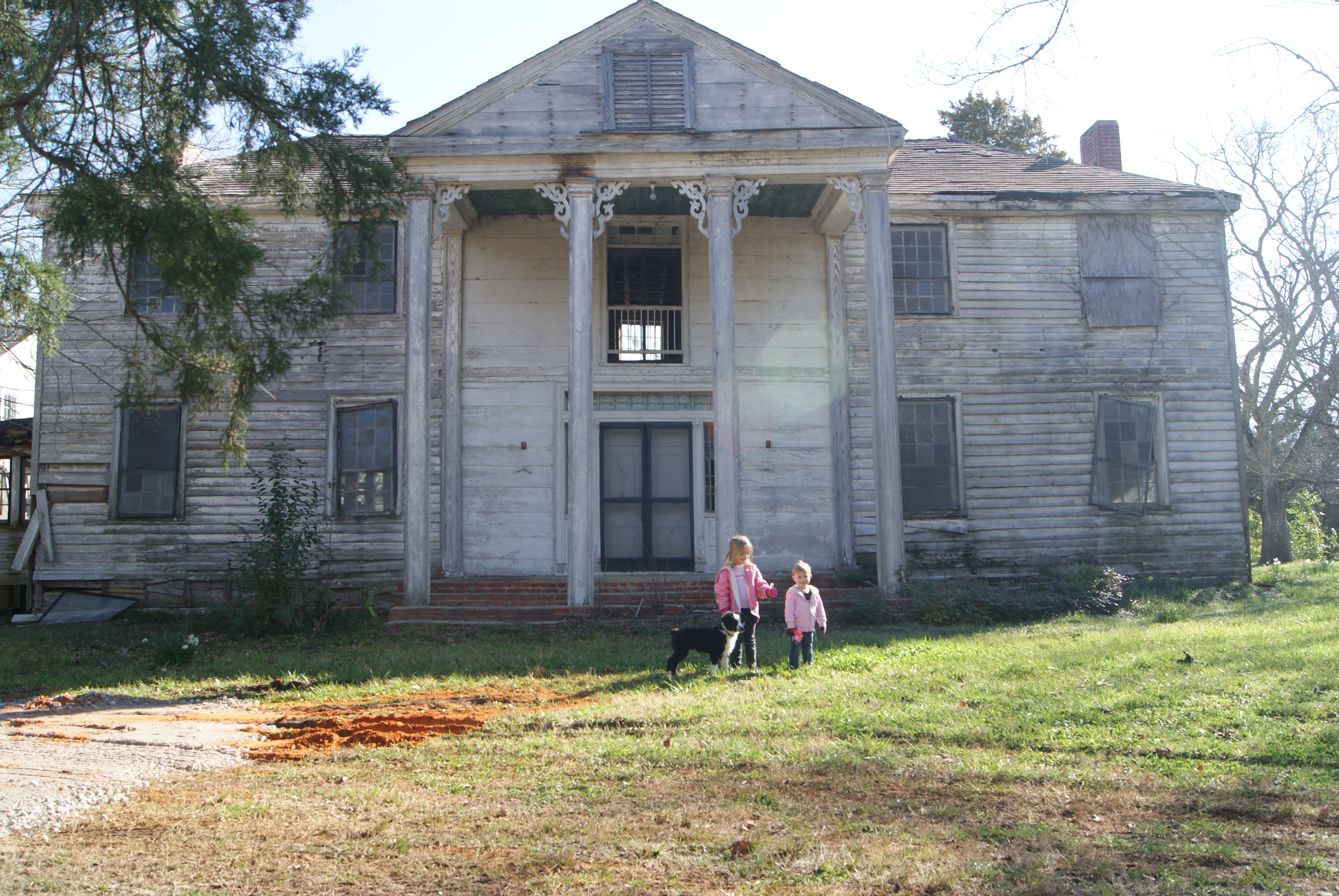 "ENDANGERED HOUSE PRESERVED.                                           Who: Amanda H.                                           Where: Gallion, Alabama.                                                                                      Before: ""Bermuda Hill had been placed on the 'endangered' list and 'places of peril' by the Alabama Historic Commission. The house had been empty for nearly 25 years. Most people thought we were nuts to take on the project."""