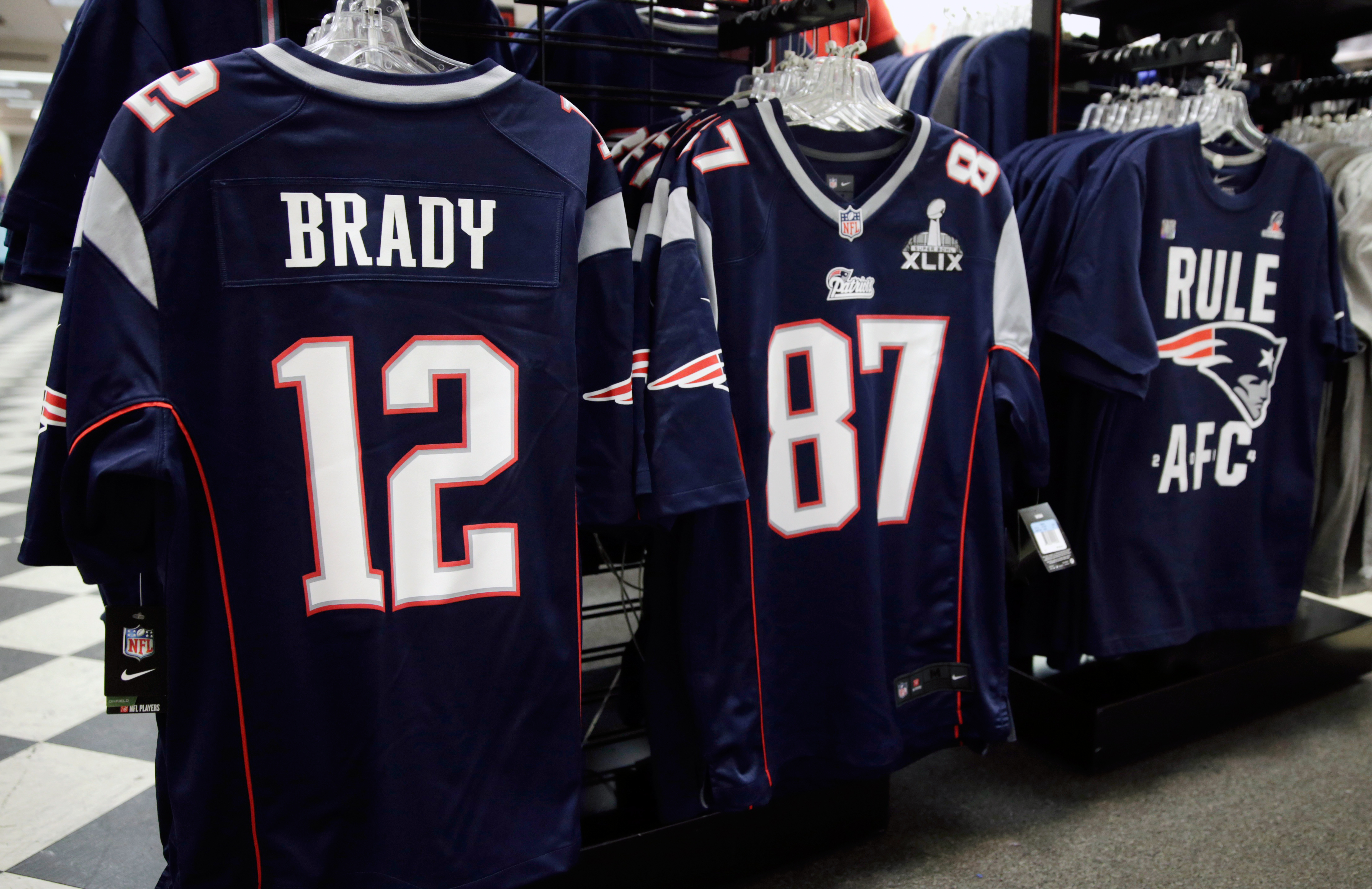 The Super-Size Numbers Surrounding the Super Bowl   Money