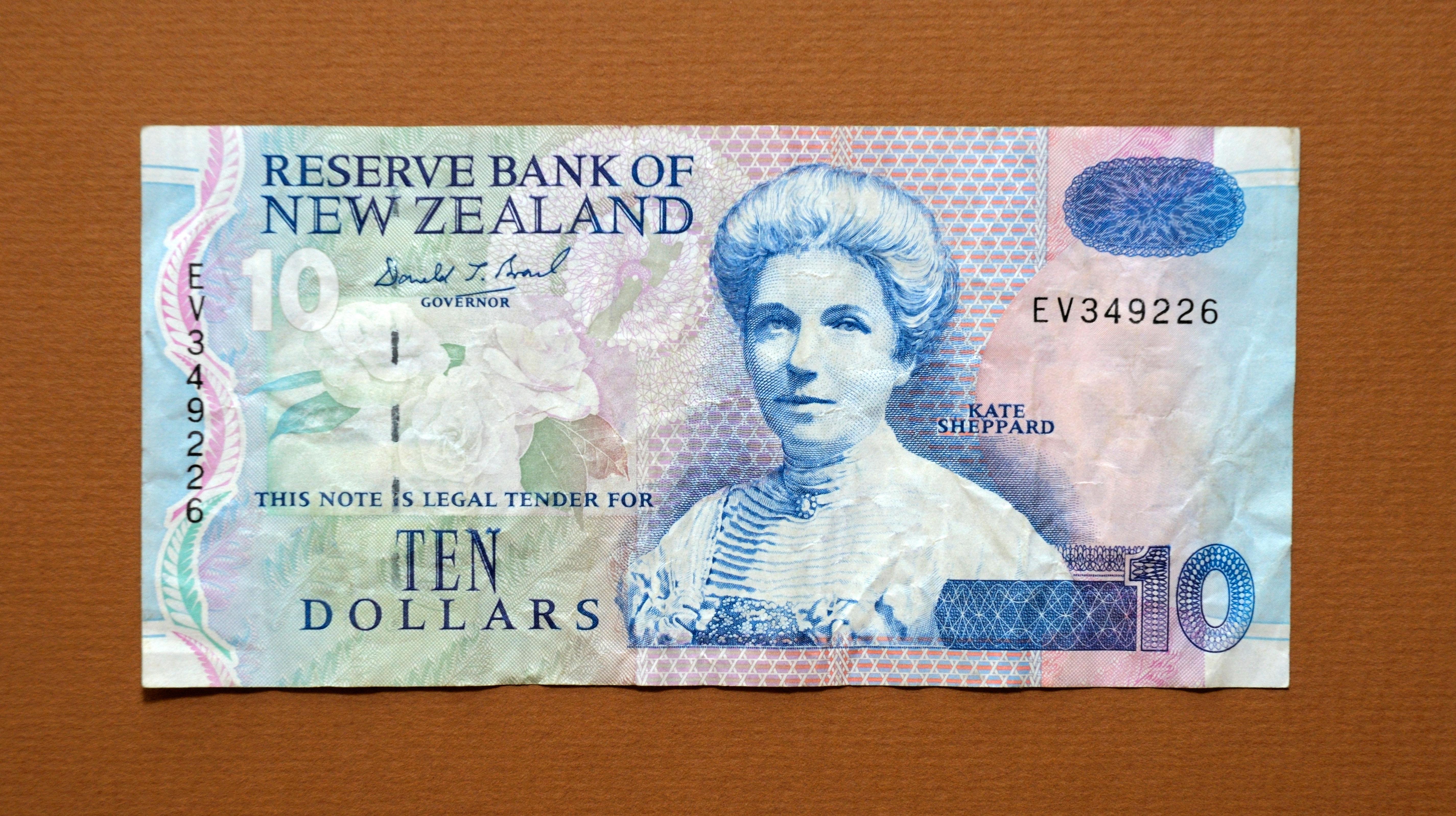 New Zealand 10 Ten Dollar Bank Note