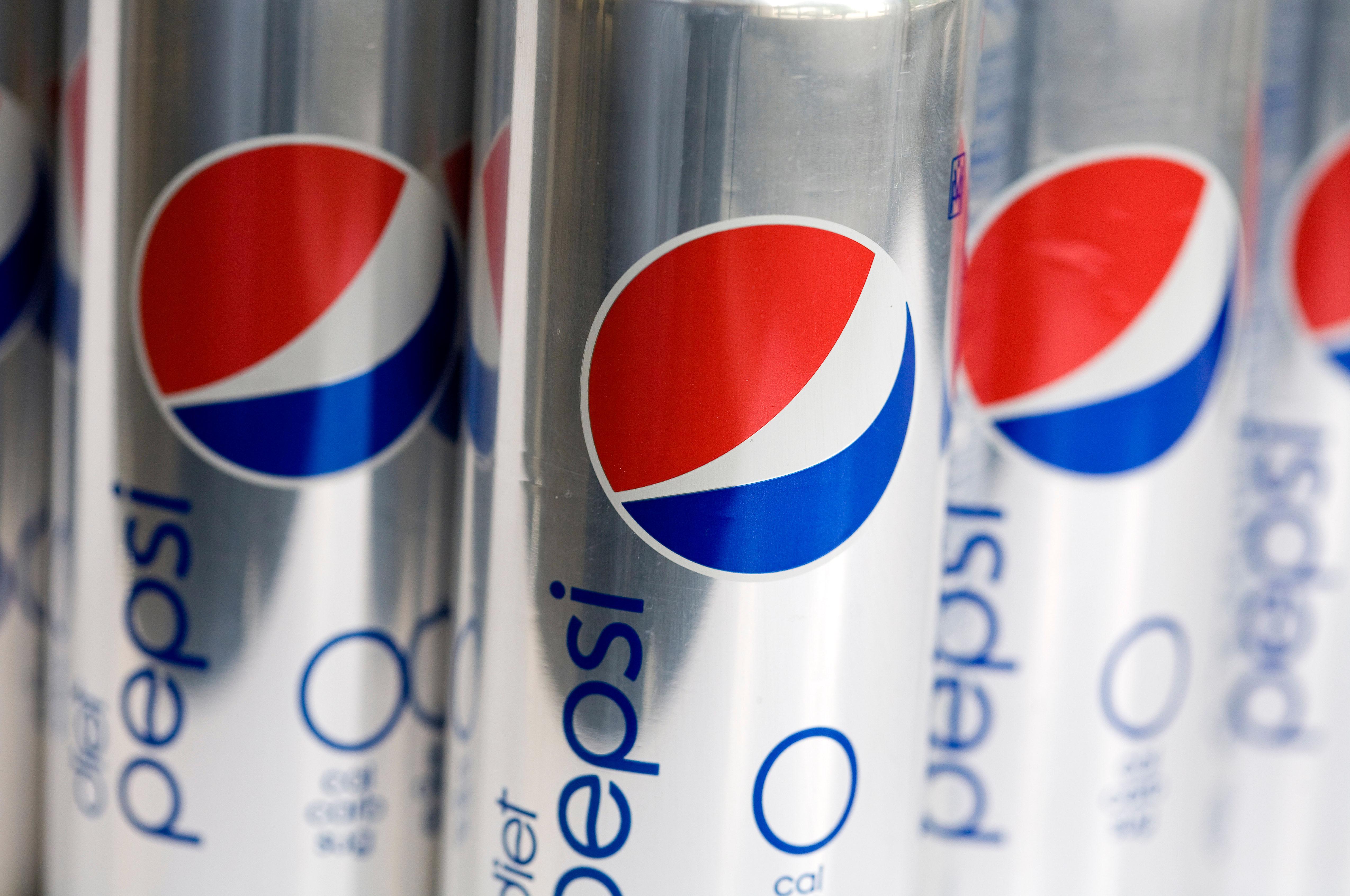 Diet Pepsi cans
