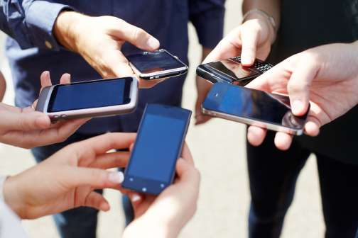 5 Reasons You Should Be Paying Less for Your Cellphone Plan