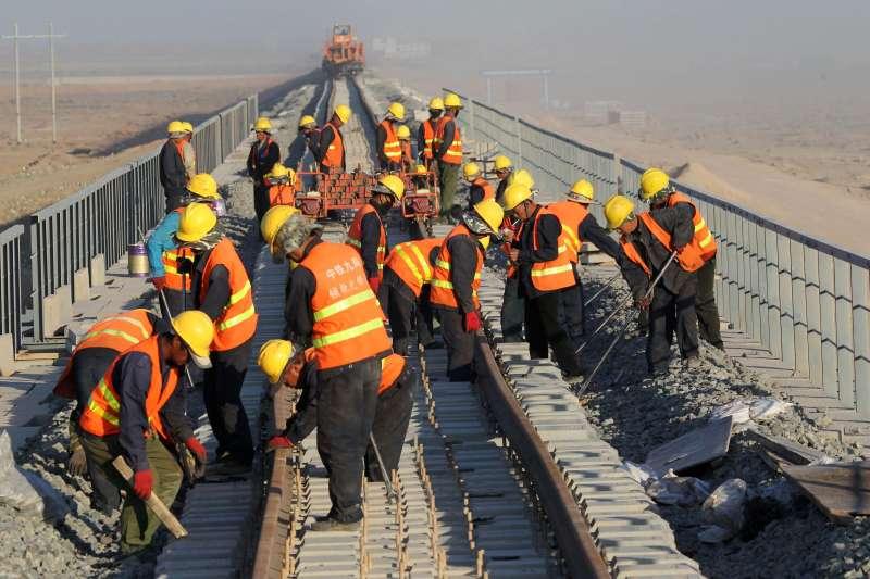 #CHINA-XINJIANG-HAMI-RAIL TRACK-COMPLETION(CN)