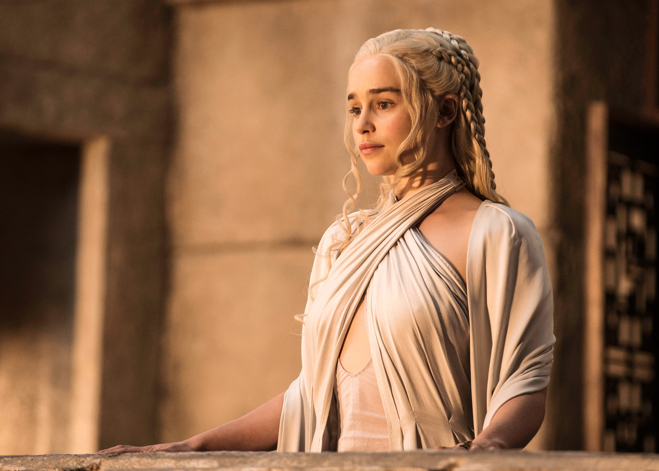 """Emilia Clarke in """"Game of Thrones"""" on HBO"""
