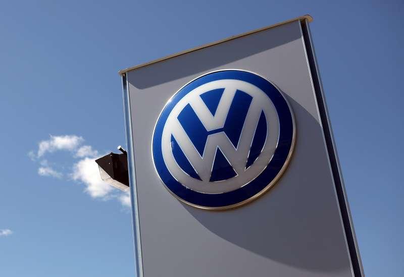 volkswagen dealership sign