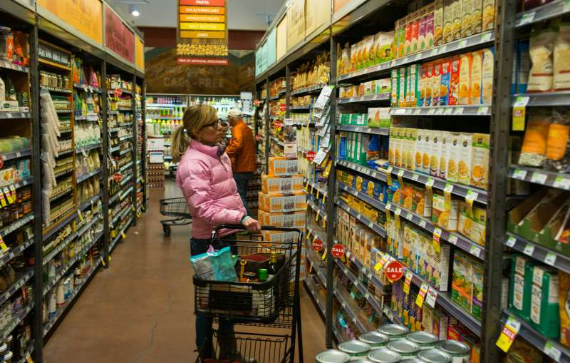 BASALT, COLORADO - MARCH 5: A woman shops at the Whole Foods store March 5, 2015 in Basalt, Colorado. (Photo by Robert Nickelsberg/Getty Images)