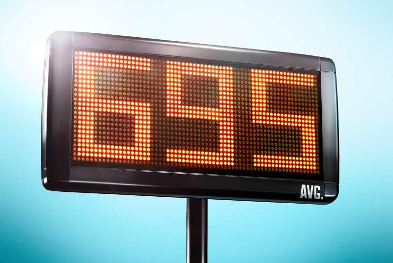 scoreboard with 695 on it