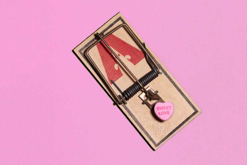 mouse trap with candy heart
