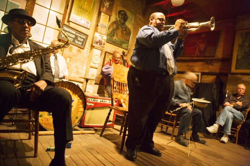 Musicians playing in Preservation Hall Jazz Club, French Quarter, New Orleans, Louisiana