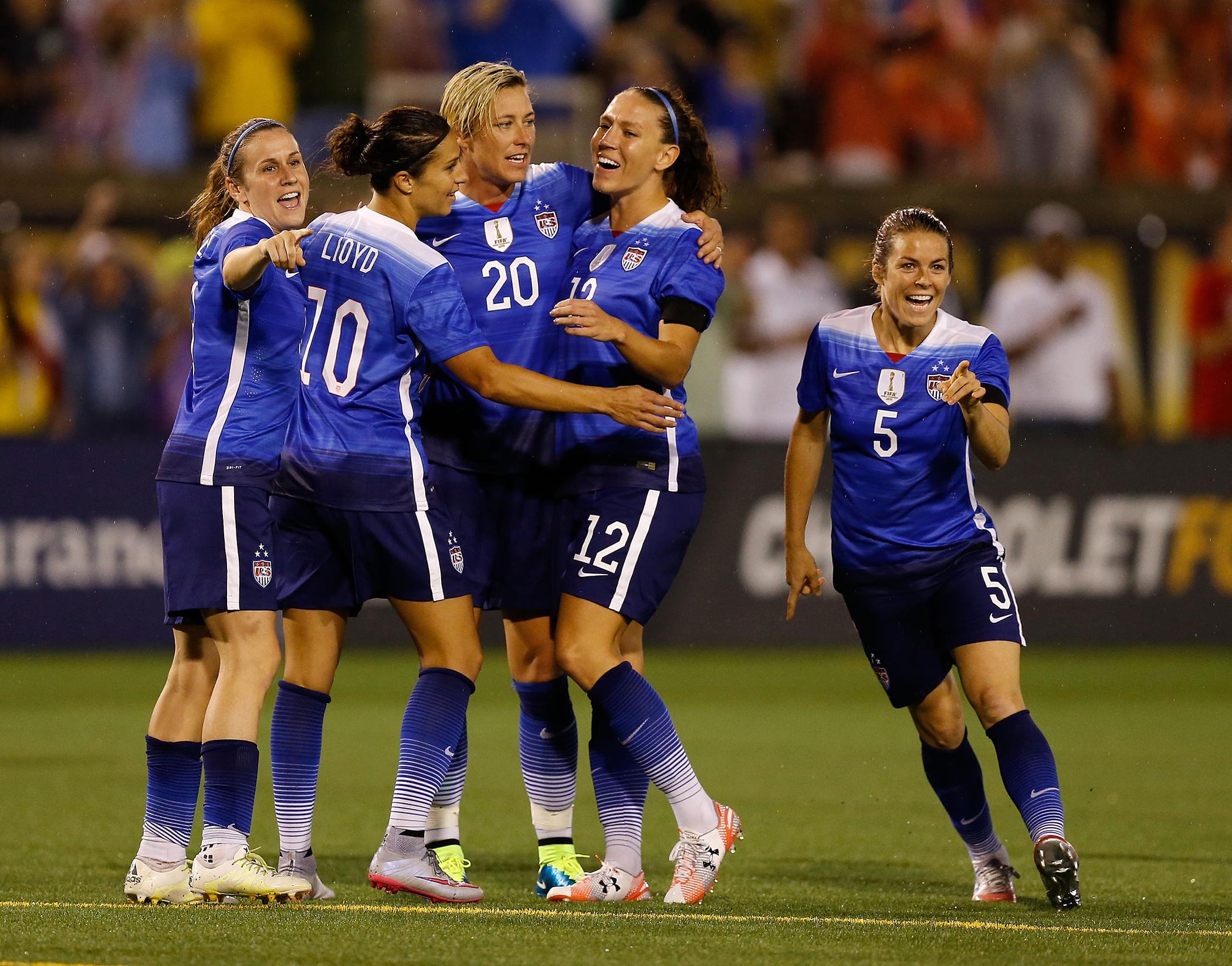 U.S. Women's Soccer: How Big Is Wage Gap Between Sexes? | Money