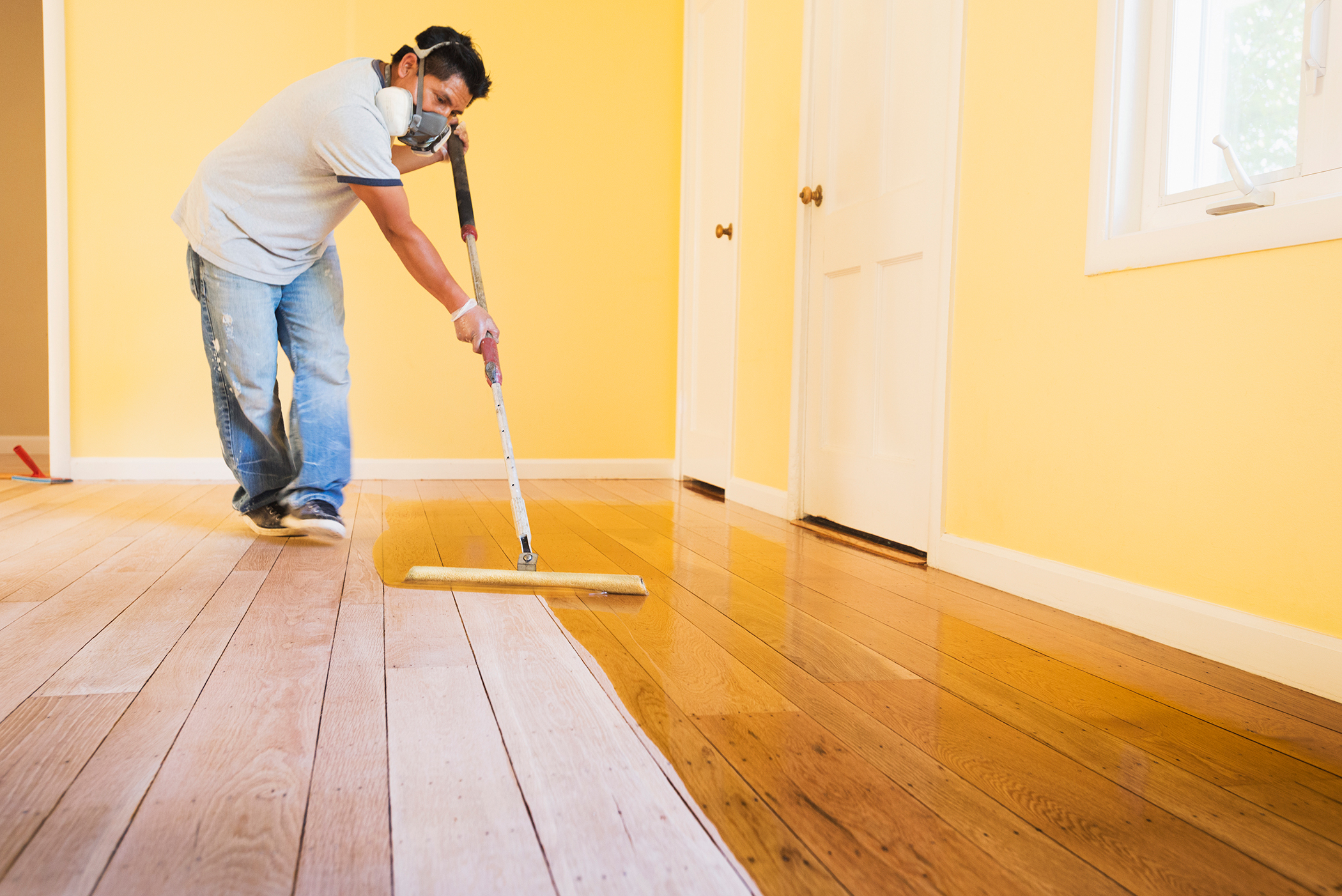 What to Use to Refinish a Hardwood Floor