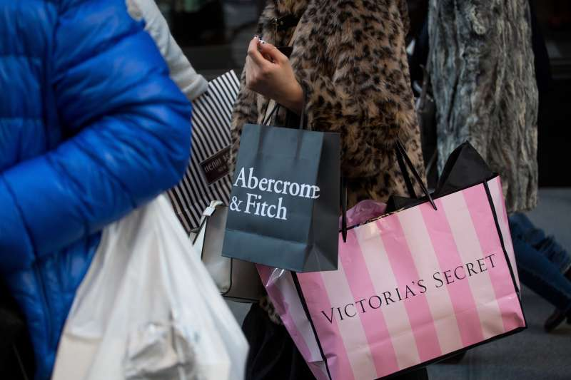 An Abercrombie & Fitch Co. Store Ahead Of Earnings Figures