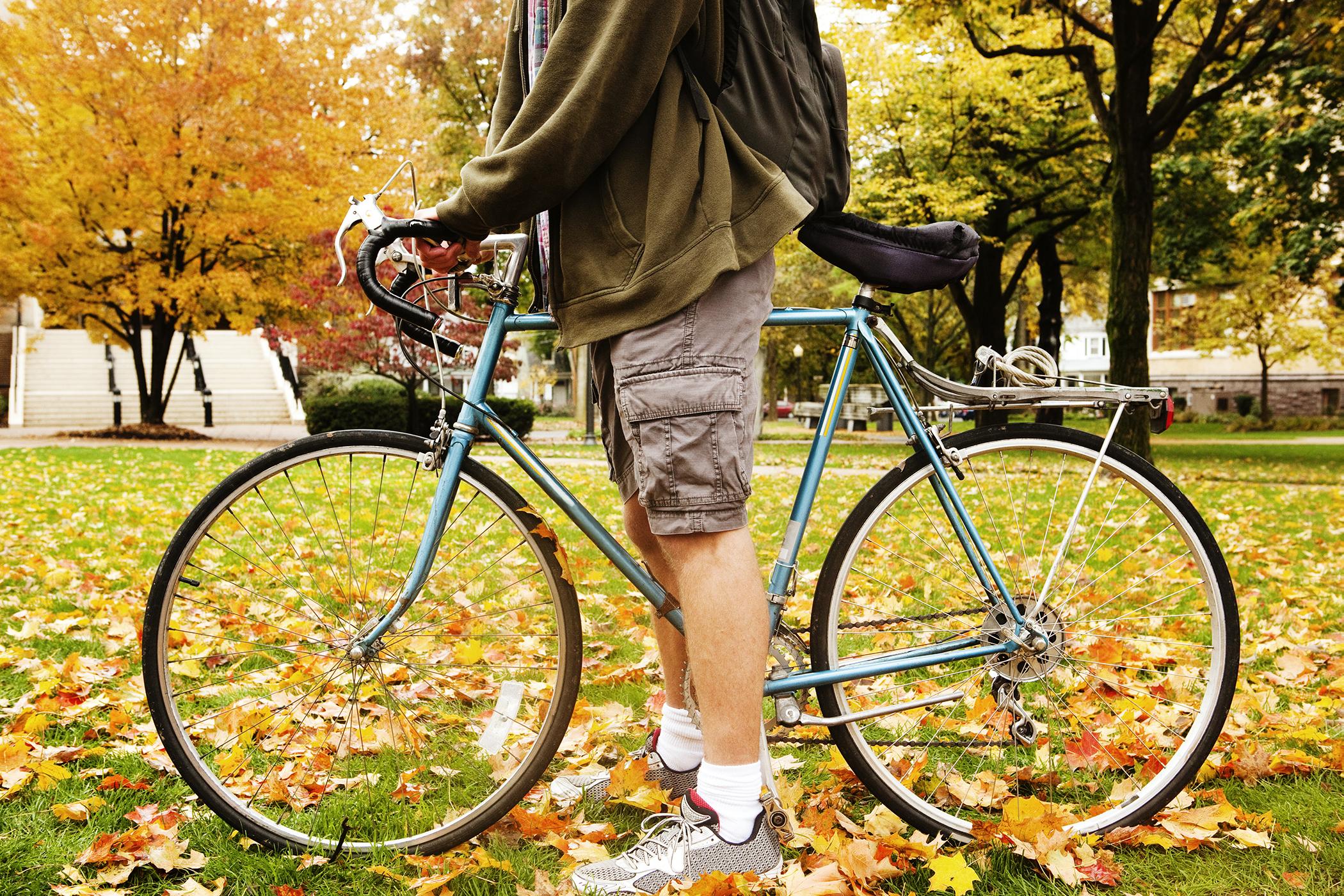 160511_COLL_GradGuide_Bike