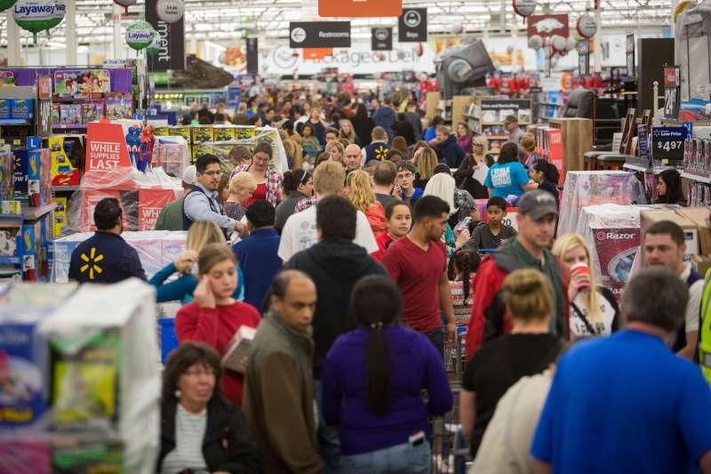 Customers at Walmart in Rogers, Arkansas on Nov. 26, 2015.