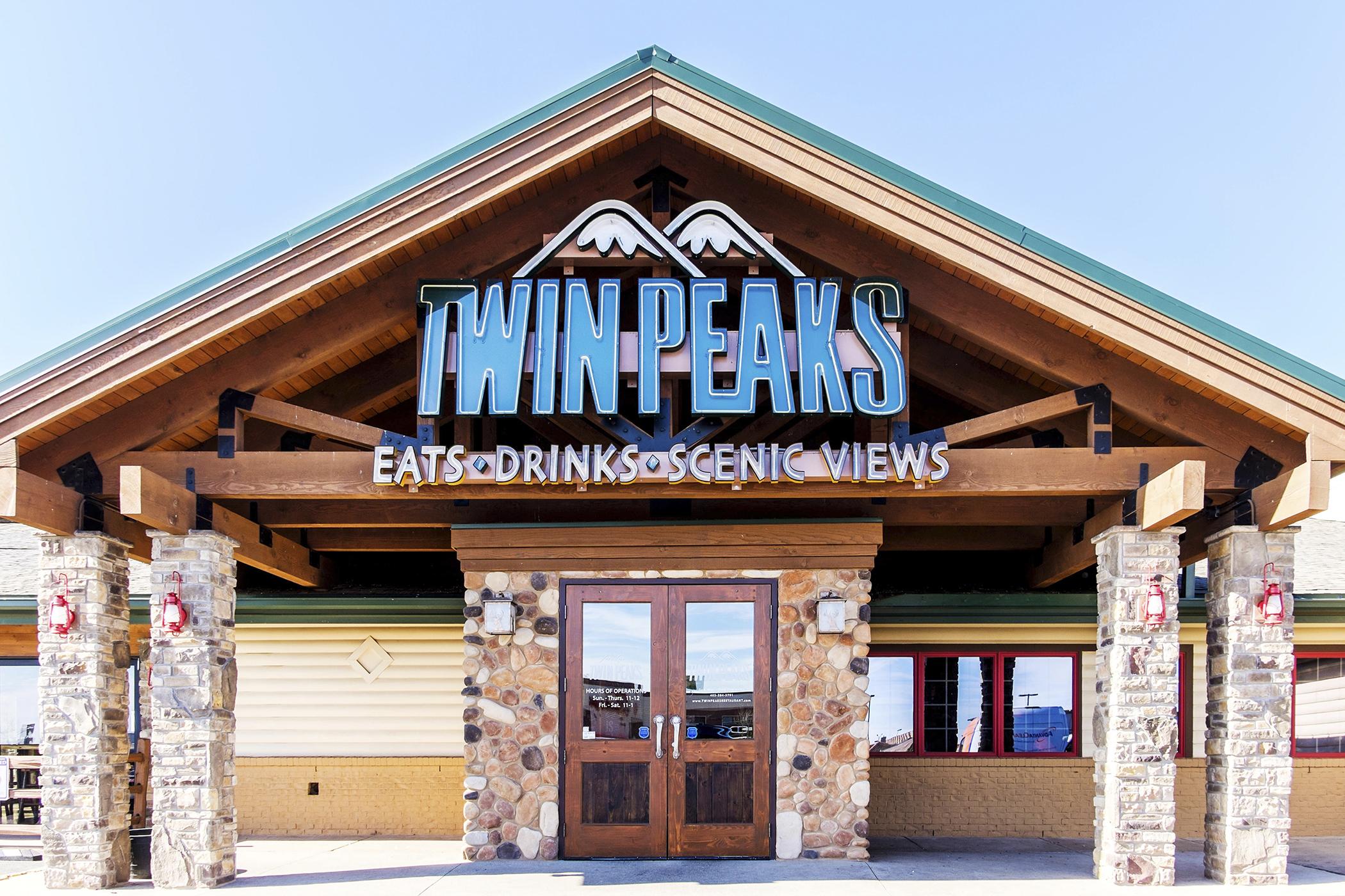 Twin Peaks in Oklahoma City, Oklahoma