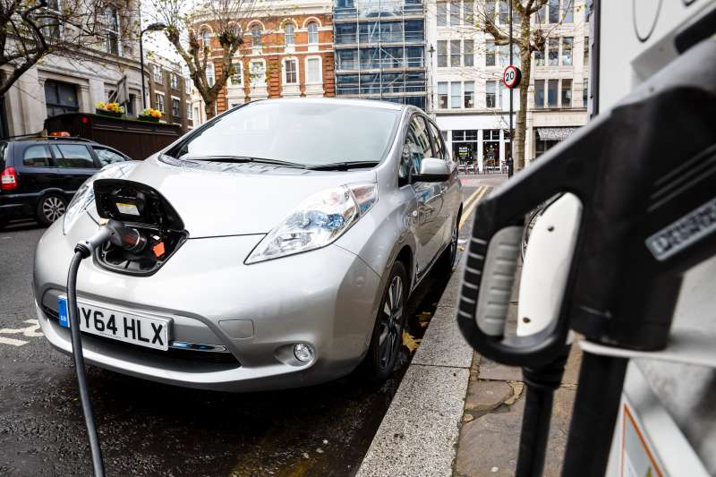 Colorado is the U.S. state that offers the best incentives to buy an electric car.