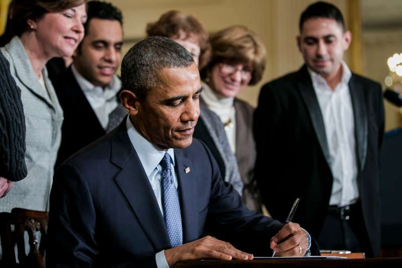 Obama to Direct Overtime Expansion Under Labor Law to Promote Wage Agenda