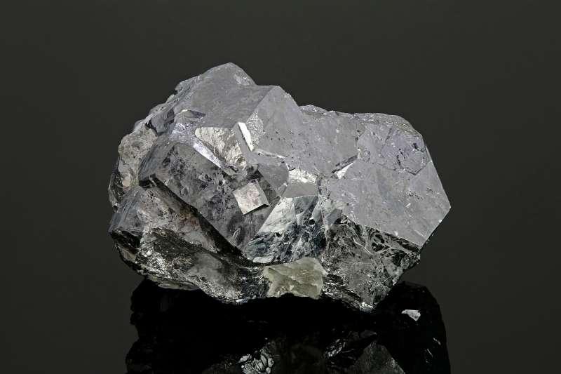 Skutterudite (Cobalt arsenide mineral), Morocco