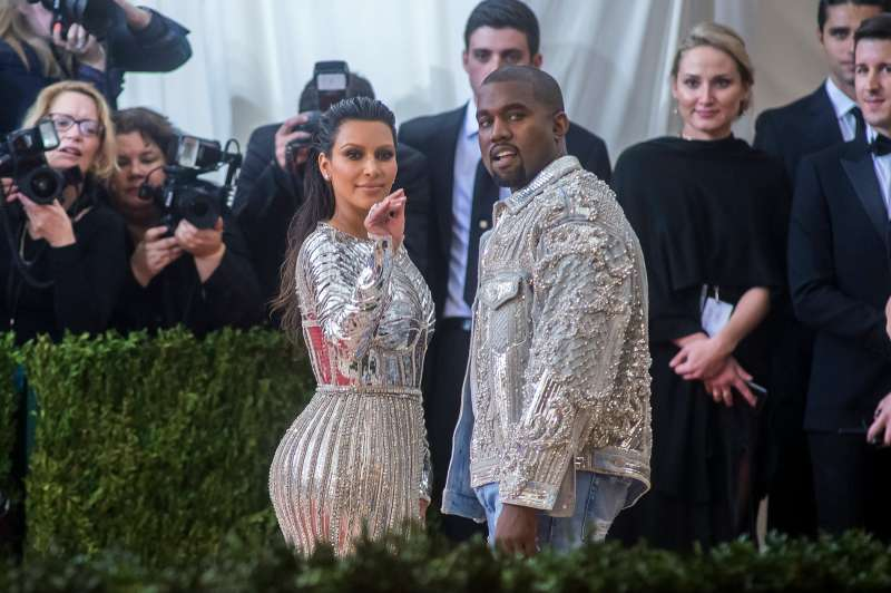 Kim Kardashian (L) and Kanye West attend the  Manus x Machina: Fashion In An Age Of Technology  Costume Institute Gala at Metropolitan Museum of Art on May 2, 2016 in New York City.