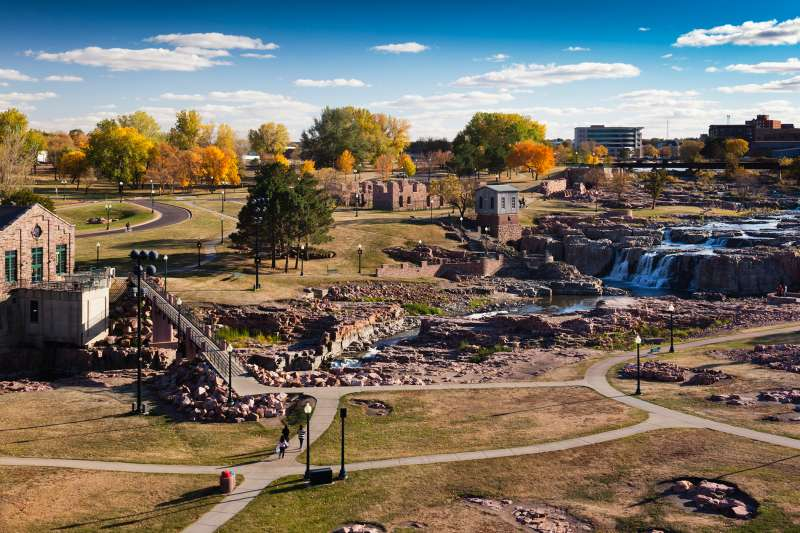 USA, South Dakota, Sioux Falls, elevated view of Sioux Falls Park