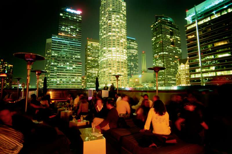3. Los Angeles:Looking to date a movie star? Not likely to happen. But in Los Angeles, taking a date to the movies is easy, given that the City of Angels has more theaters within 30 miles than most any place else in the country.