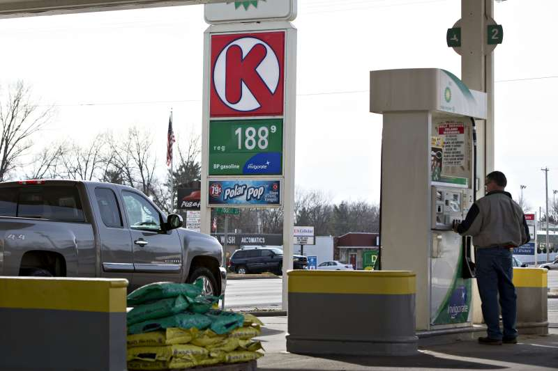 Gas prices are expected to keep falling like they did last autumn, when drivers in much of the country paid under $2 per gallon.