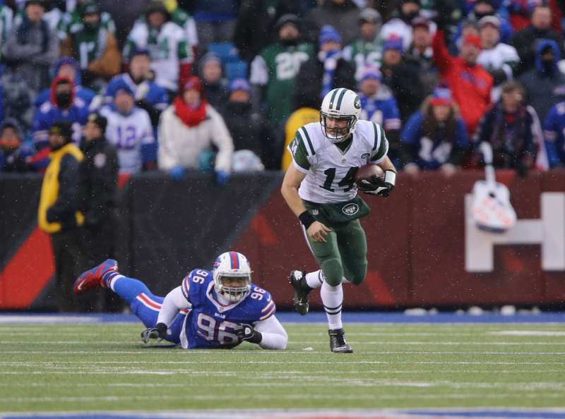 The Thursday night matchup of the New York Jets vs. Buffalo Bills will air on CBS and Twitter, at no charge to viewers.