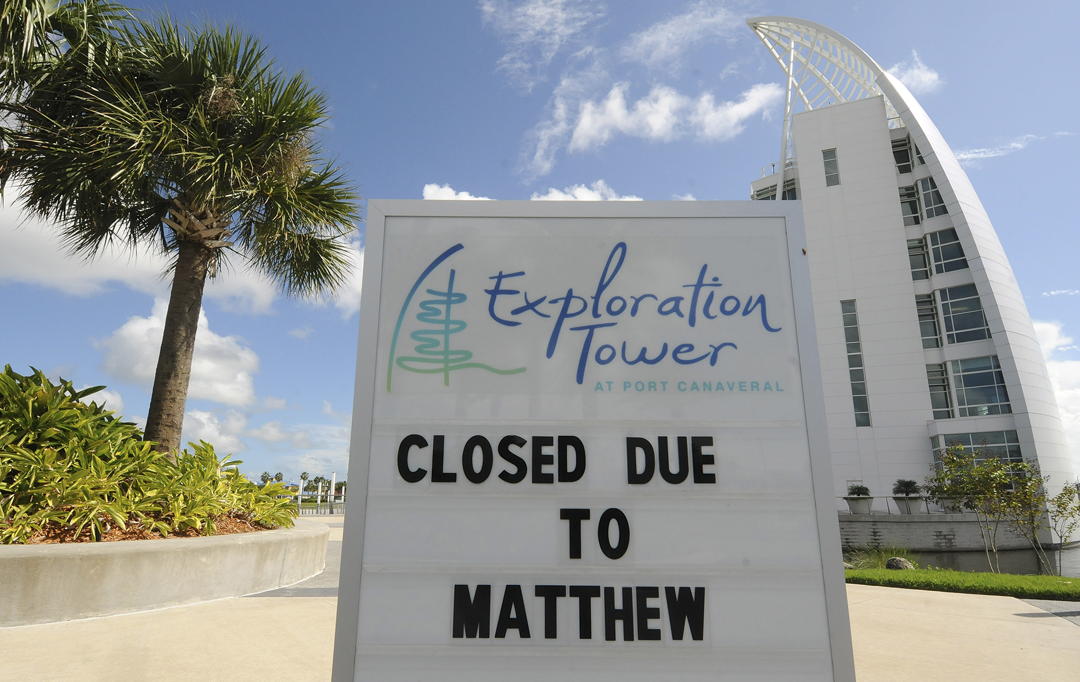 A closed sign is seen at the Exploration Tower in Port Canaveral, Florida on October 5, 2016 as Hurricane Matthew heads north toward the east coast of Florida, possibly as a category 4 hurricane.