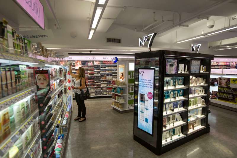Walgreens Touches Up Its Makeup In Bid To Win Back Customers