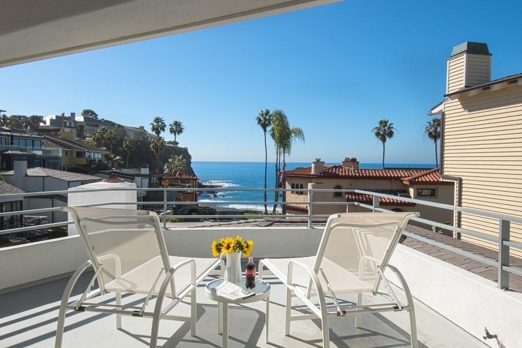 Warren Buffett Laguna Beach Deck