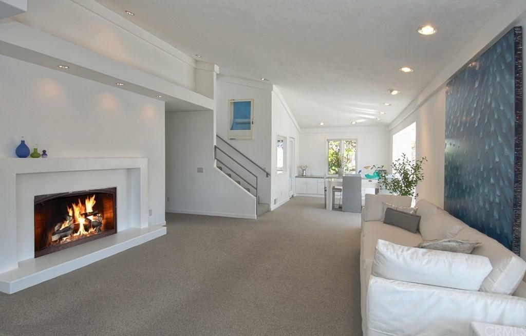 Warren Buffett Laguna Beach Living Room