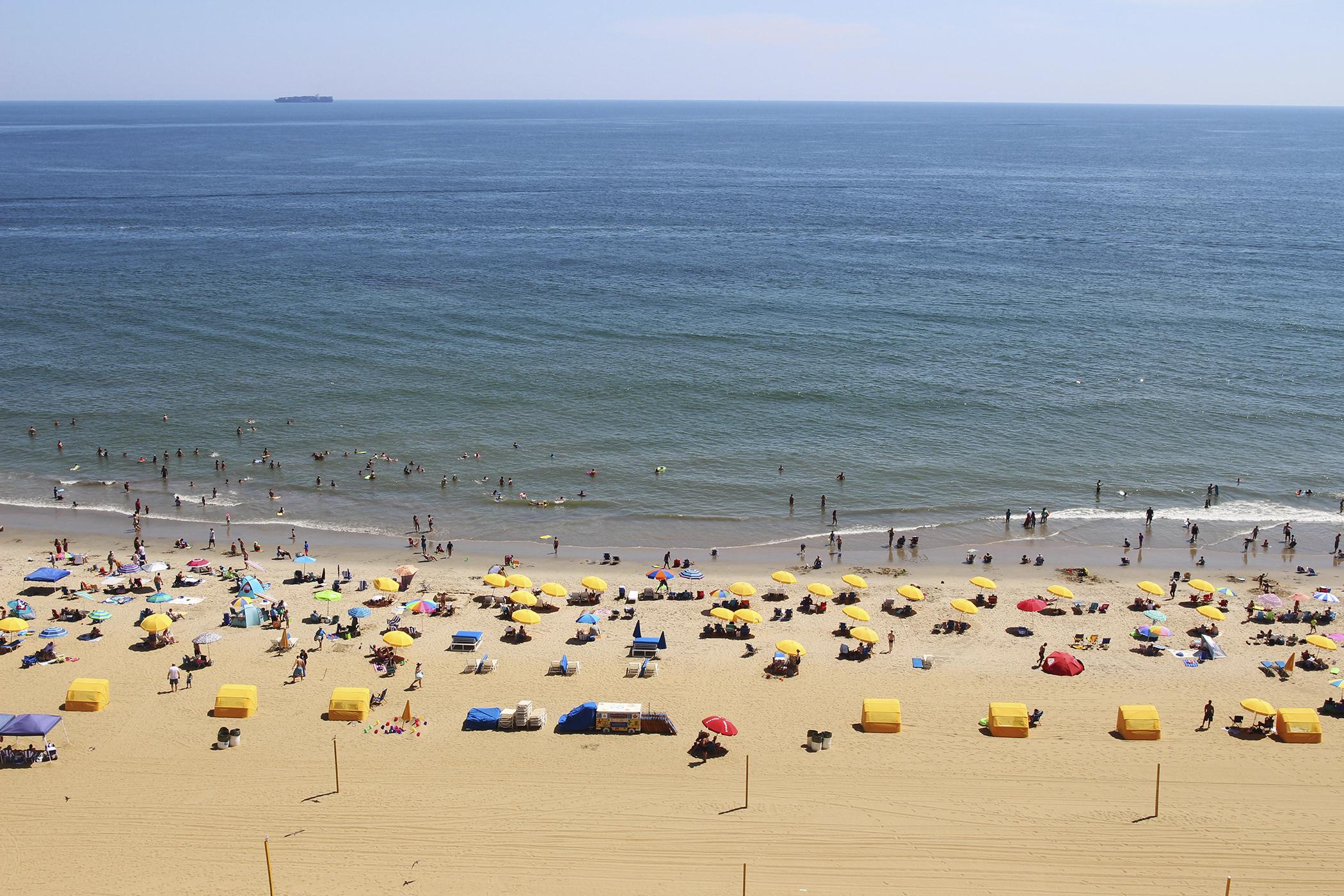 170316-travel-best-beaches-virginia-beach