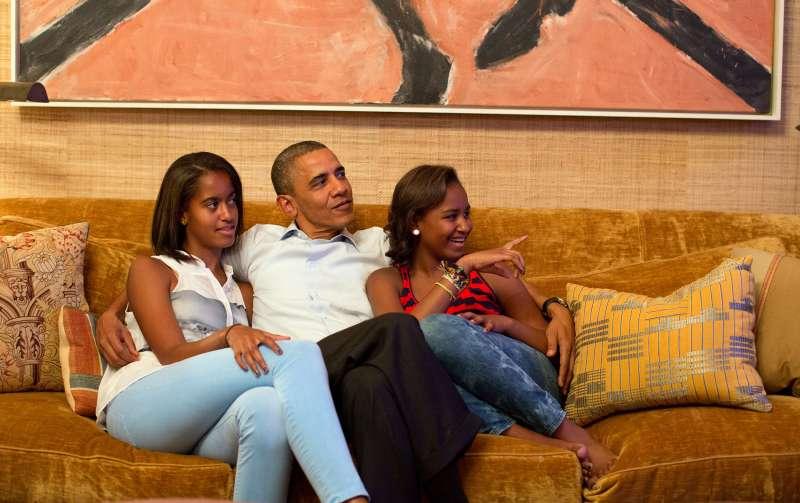 President Barack Obama and his daughters, Malia, left, and Sasha, Tuesday Sept. 4, 2012.