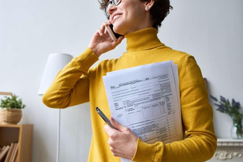 Woman with individual tax return