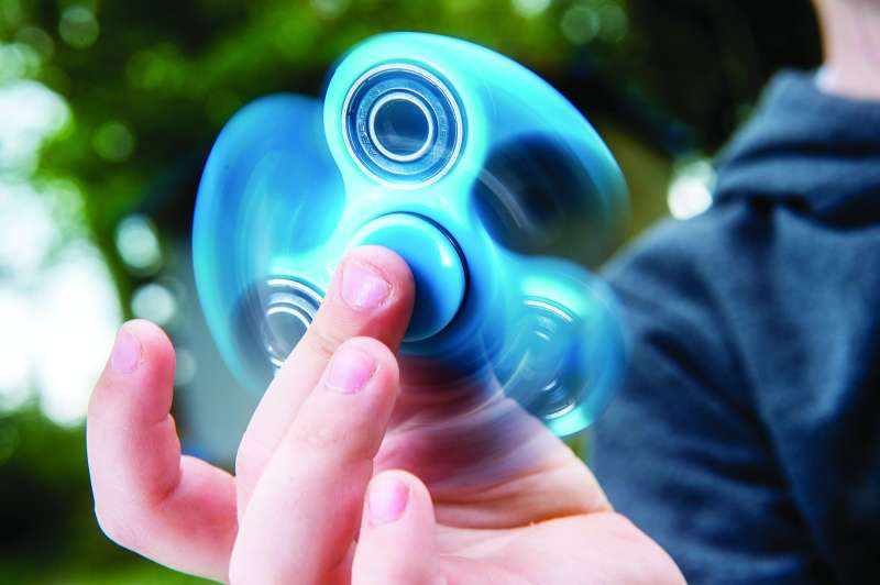 170503-fidget-spinner-school-ban