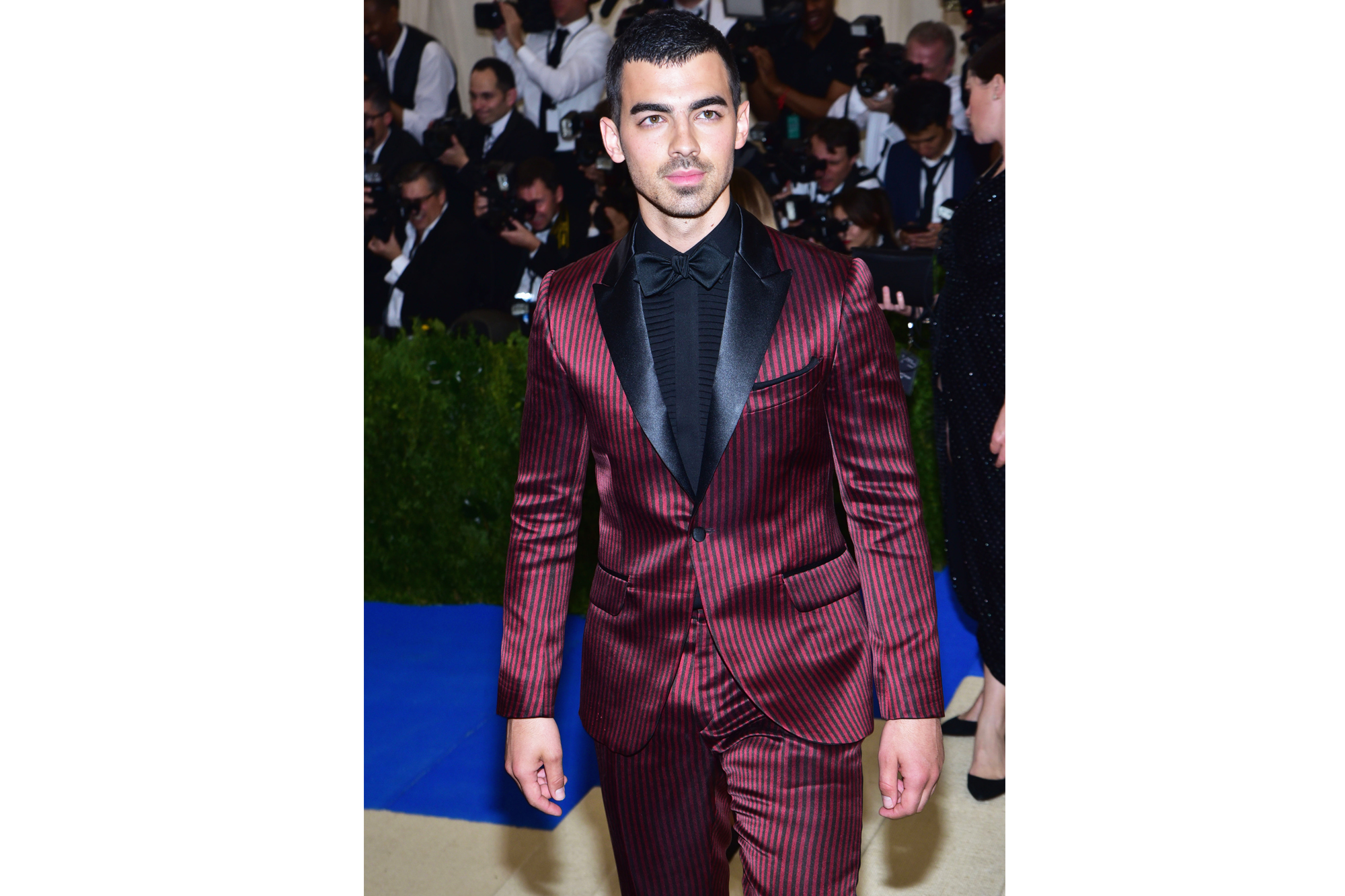 "NEW YORK, NY - MAY 01: Joe Jonas arrives at ""Rei Kawakubo/Comme des Garcons: Art Of The In-Between"" Costume Institute Gala at The Metropolitan Museum on May 1, 2017 in New York City. (Photo by Sean Zanni/Patrick McMullan via Getty Images)"