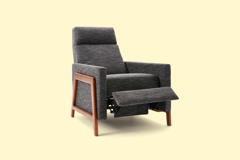 170629-online-furniture-recliner