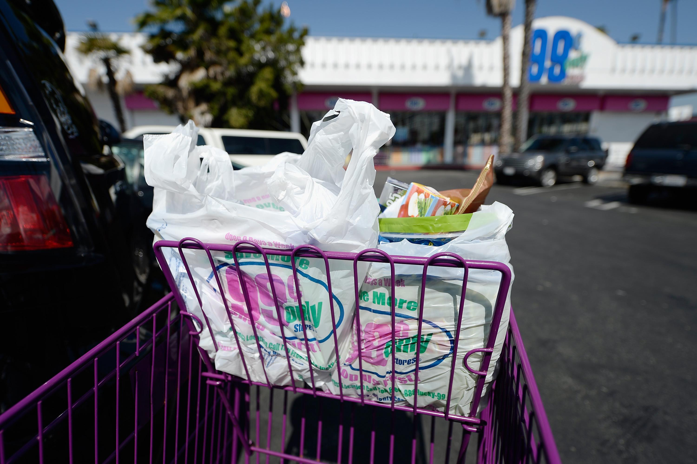 Los Angeles City Council Votes On Plastic Bag Ban