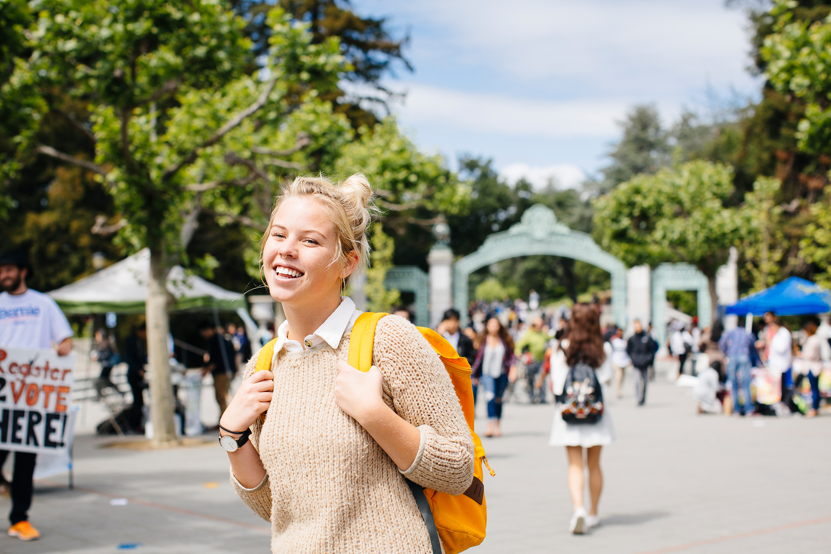 Students, Sproul Plaza, University of California–Berkeley