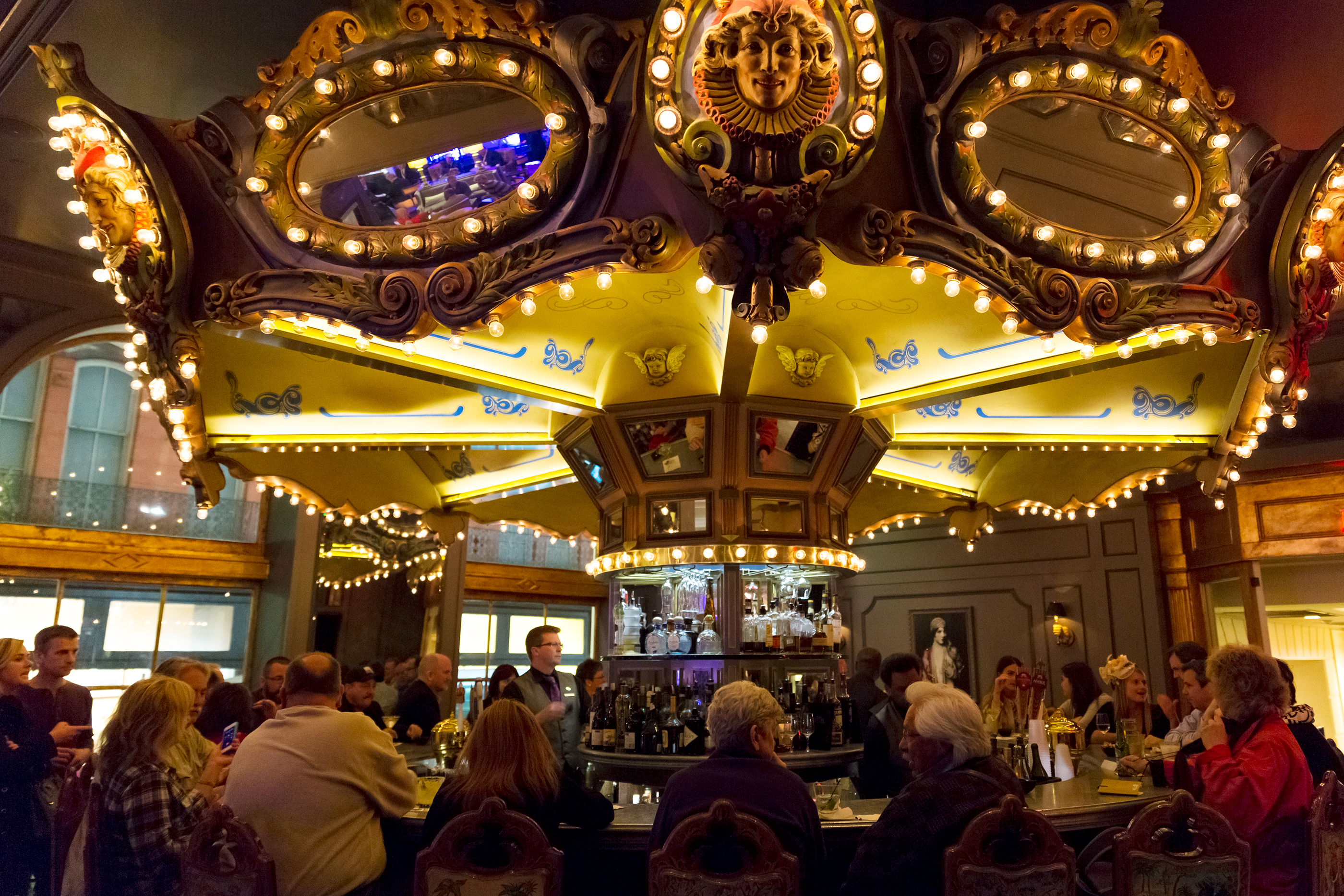 170913-BPL-drinking-cities-new-orleans-carousel-bar