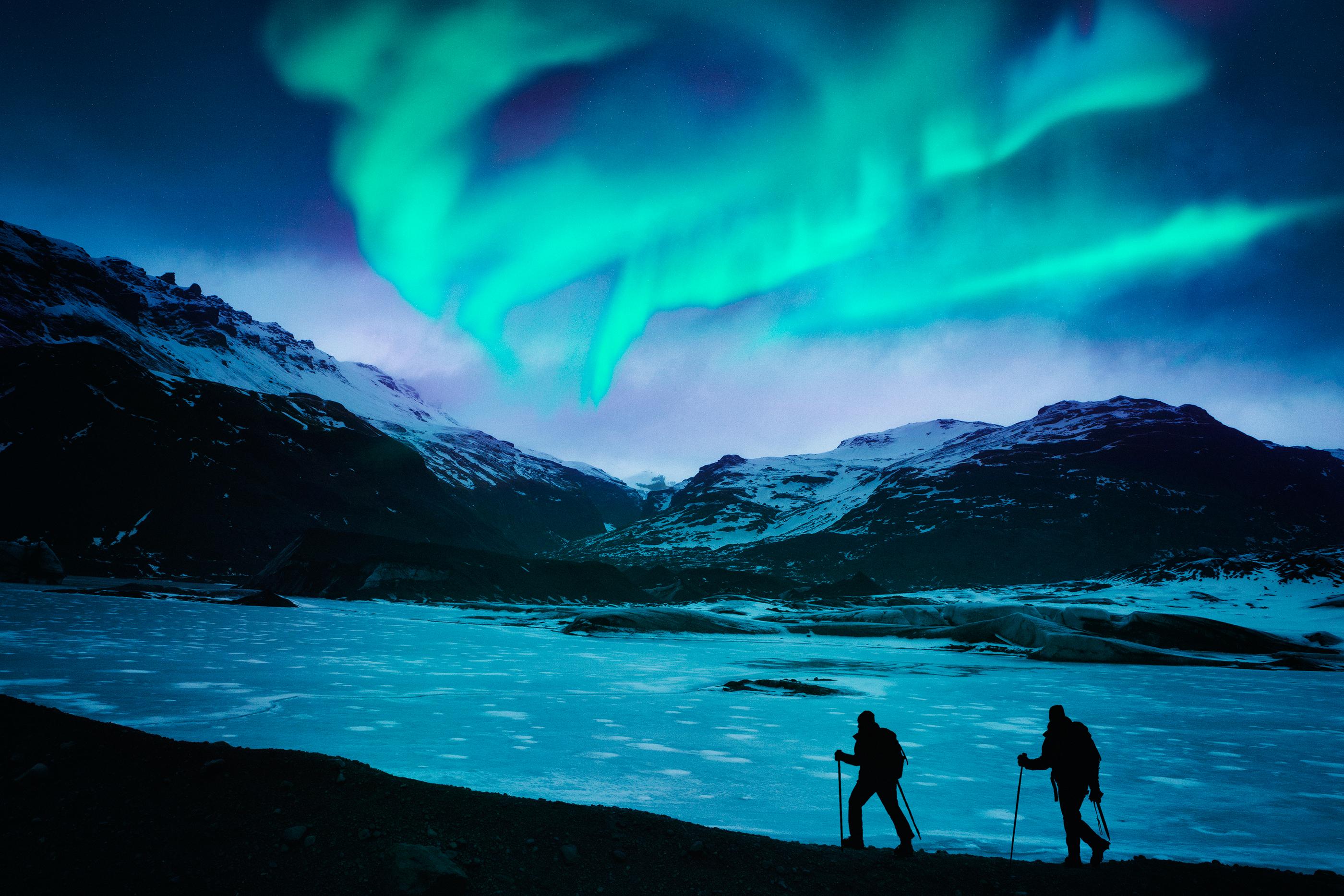171108-wonders-aurora-borealis-iceland
