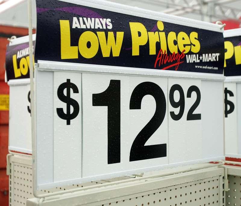 Wal-Mart Forecasts Better December Sales