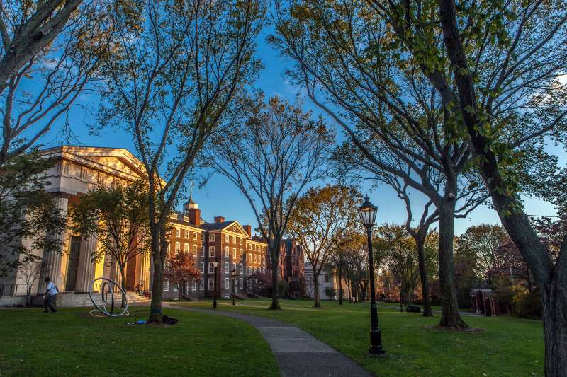 171211-colleges-no-loan-brown-university