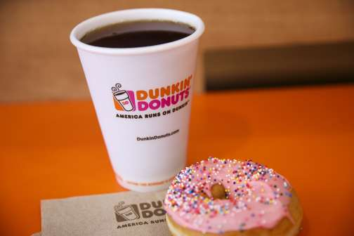 You Can Get a Free Dunkin' Donuts Gift Card If You Donate Blood in January