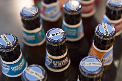 Alert: Applebee's Is Selling $2 Beers All Month Long